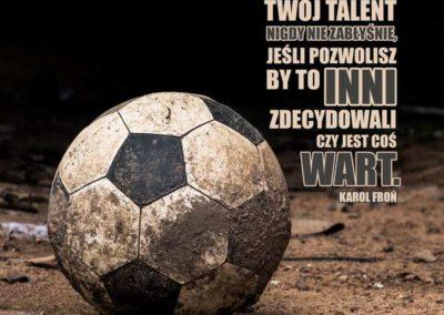 12-Twoj-talent-nigdy-nie-zabłysnie-jesli-pozwolisz-by-to-inni-zdecydowali-czy-jest-cos-wart-1